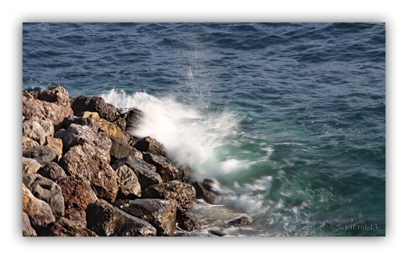 Contra las rocas