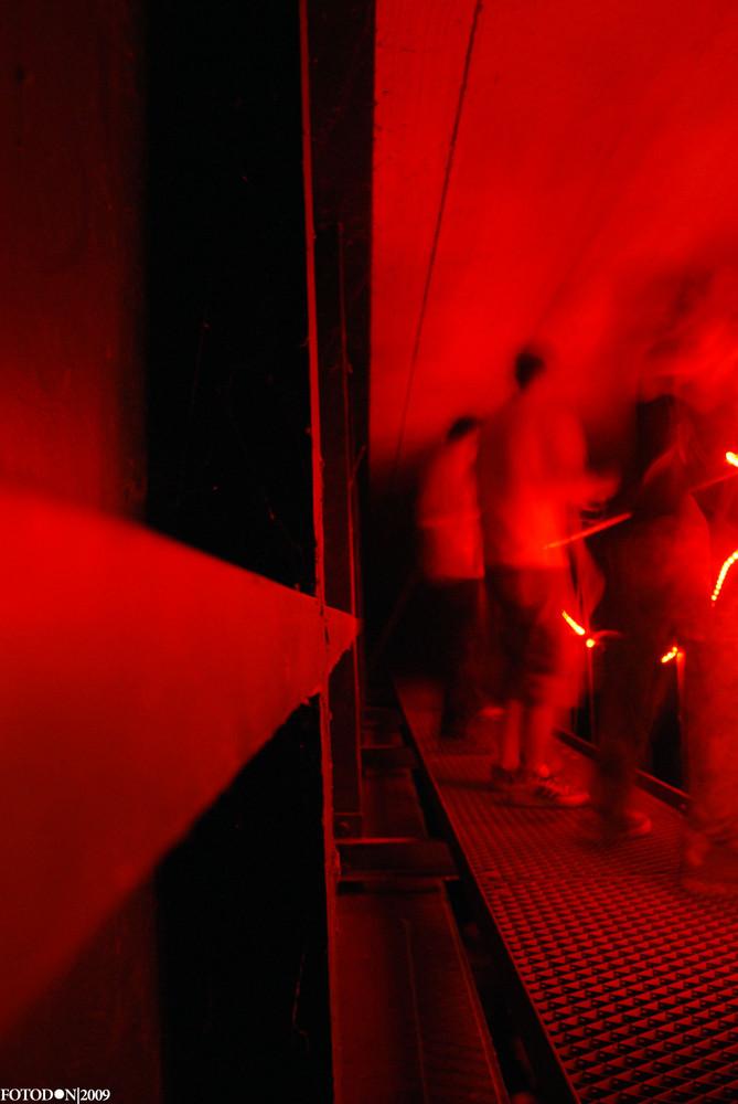 contrast-dance