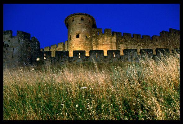 Contre-forts éclairés de la cité de Carcassonne