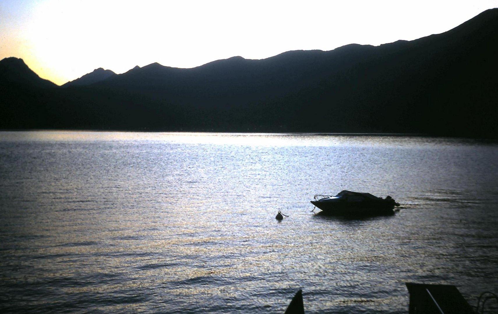 Contre-jour sur le lac de Garde