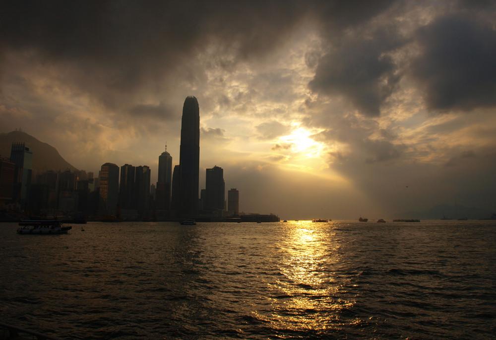 Contrejour de le baie de Hong-Kong