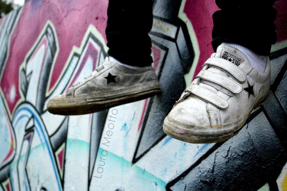Converse .