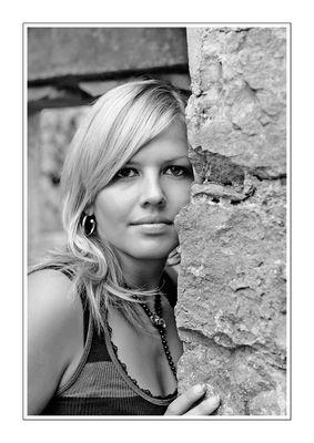 Corina schwarz- weiß