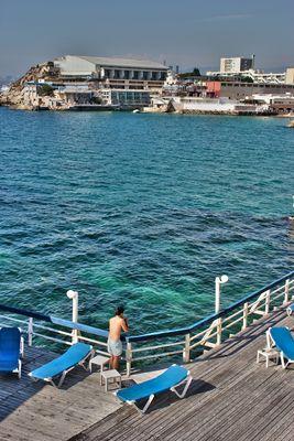 Corniche - Vue sur Cercle des Nageurs Marseille