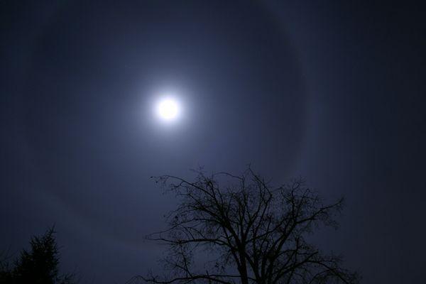 Corona of Moon