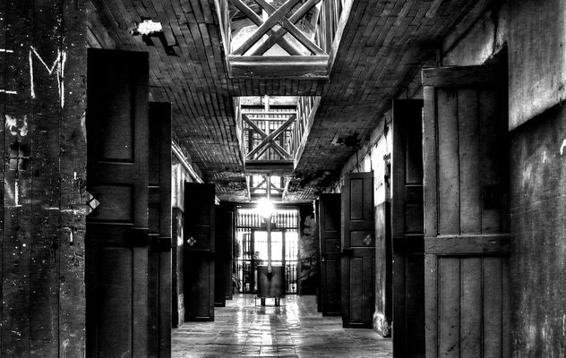 Corridoio di carcere