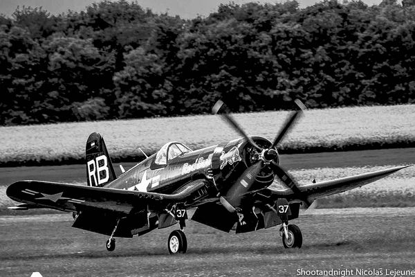 Corsair F4-U 4 Red Bull