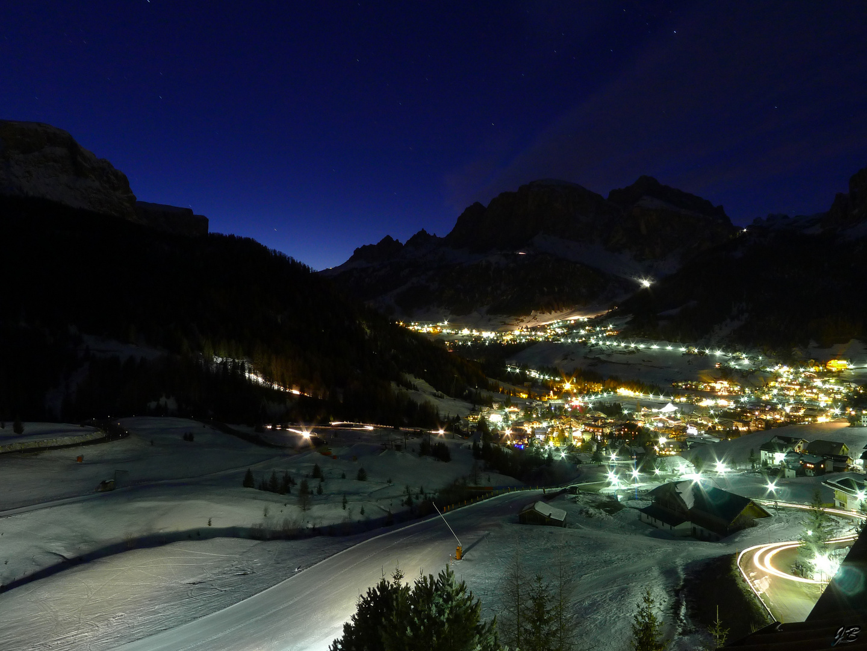 Corvara bei Nacht