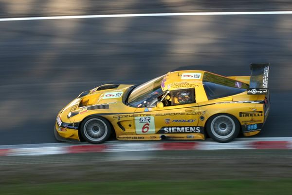 Corvette FIA GT