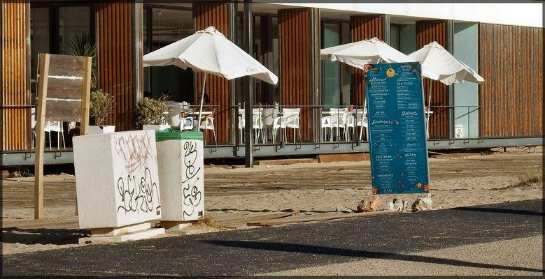 Costa de Caparica Bar