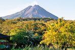 Costa Rica, der Arenal ohne Wolken