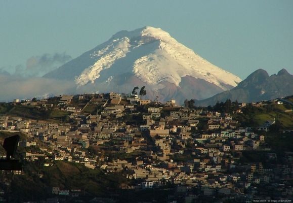 Cotopaxi von Quito aus gesehen!
