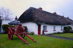 Cottage in Ireland/003