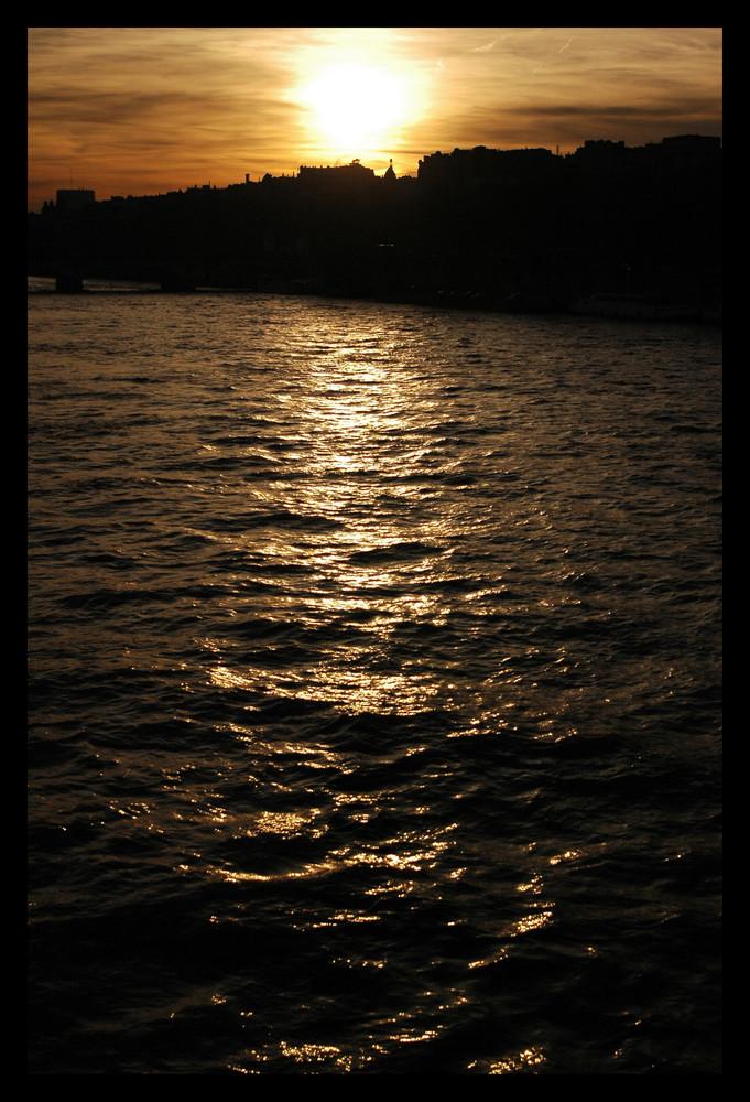 Couchant sur la Seine.