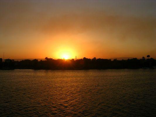 Couché de soleil sur le Nil...