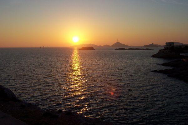 Couché de soleil sur les îles du Frioul, Marseille