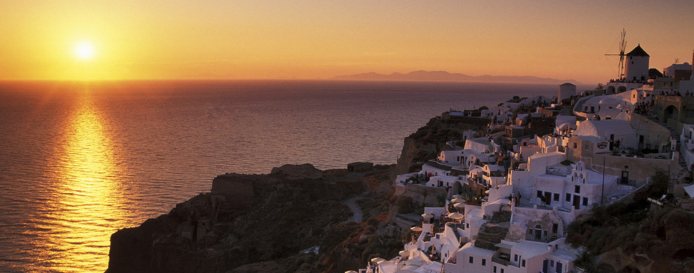 couche de soleil sur Santorin