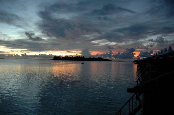 Couché de soleill Chaaya lagon Hakuraa huraa Maldives