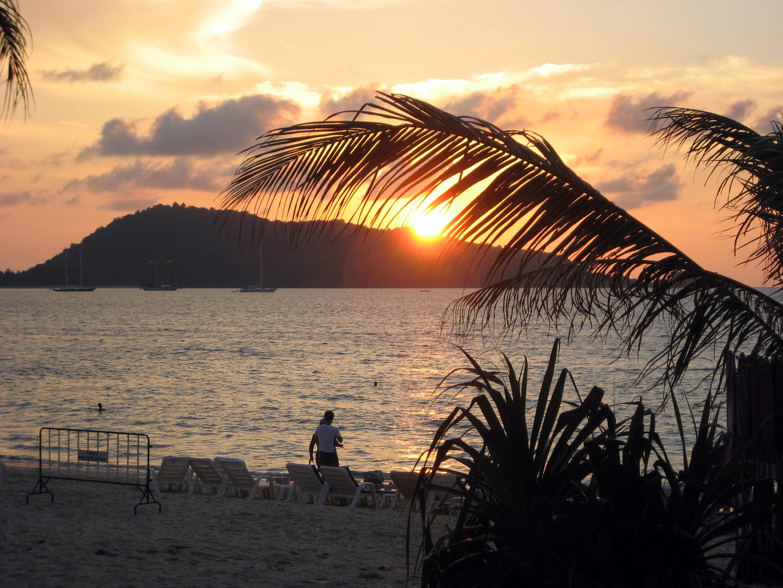 couché soleil patong beach