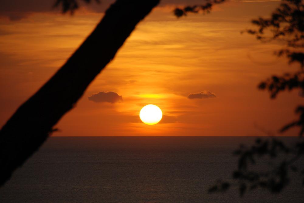 Coucher de Soleil 2 à Ocotal, cote Pacifique Costa rica.