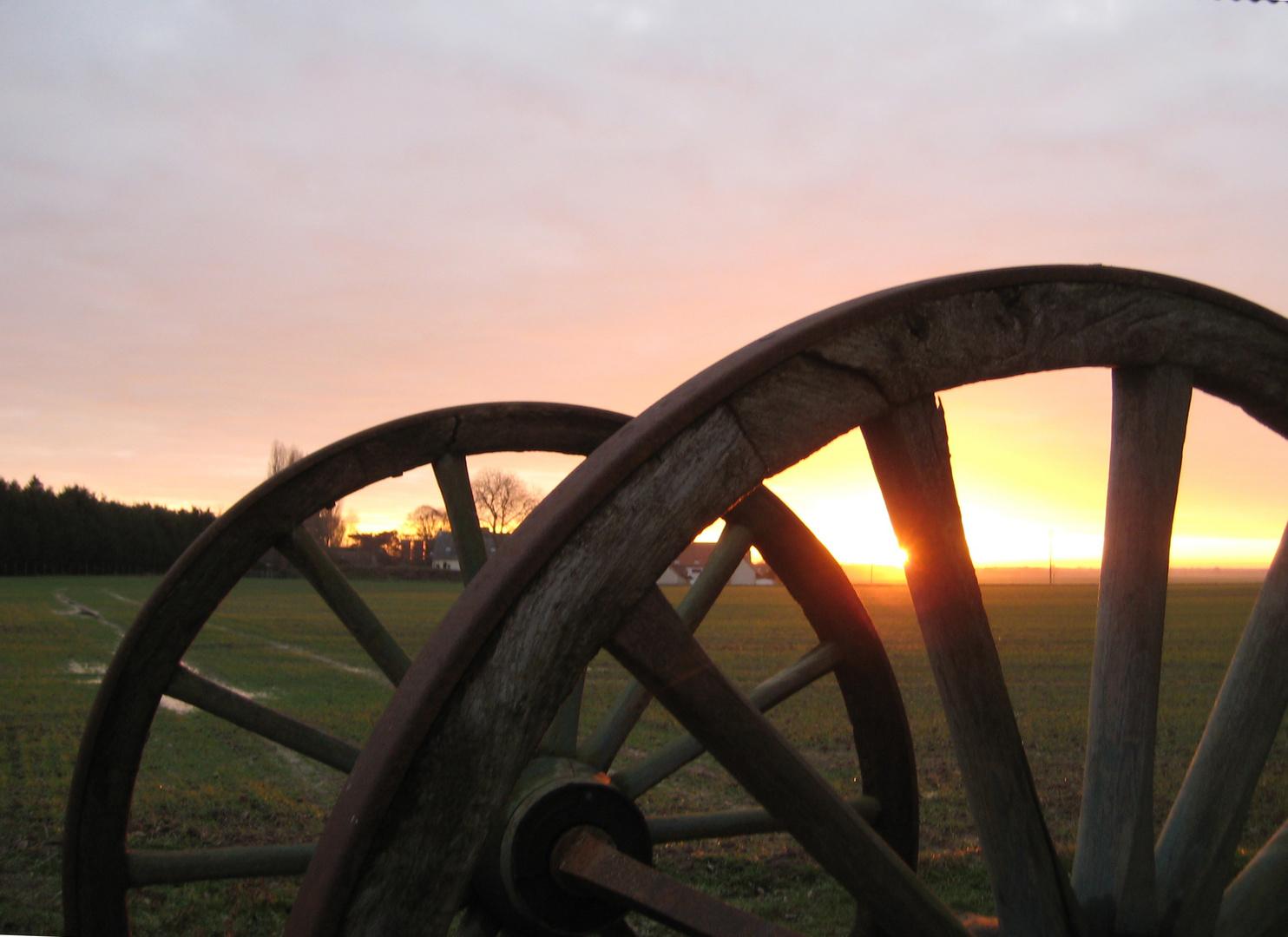 coucher de soleil à la ferme