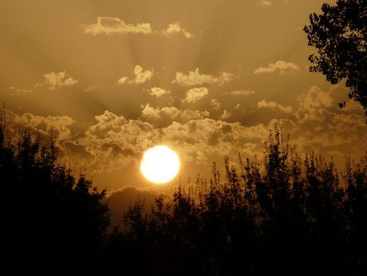 coucher de soleil en Bresse Bourguignonne