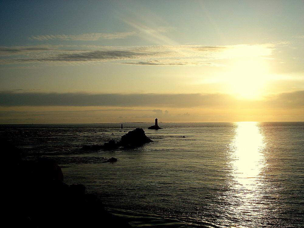 coucher de soleil pointe du raz