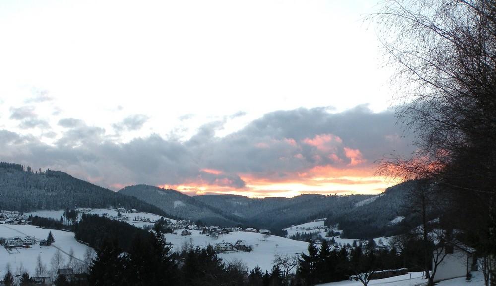Coucher de soleil sur le BAIERSBRONN (Forêt Noire).