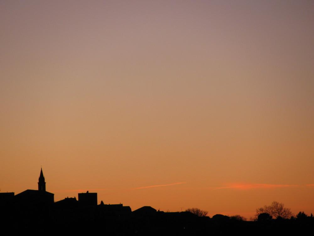 Coucher de soleil sur le clocher (Gard)