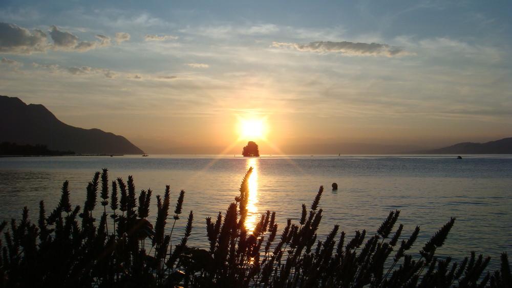 Coucher de soleil sur le Leman.