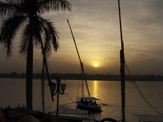 Coucher de soleil sur le Nil