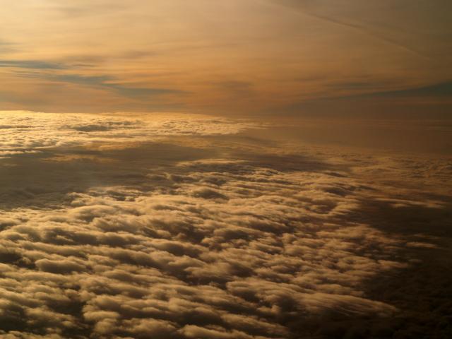coucher de soleil vu du ciel bis