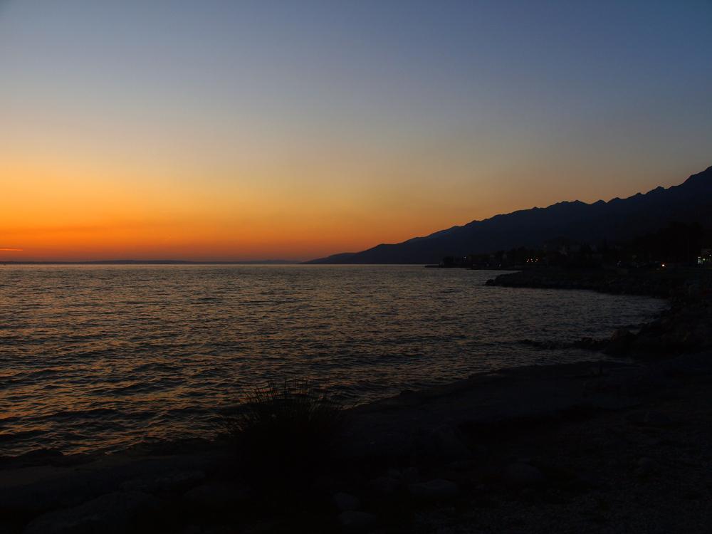 Coucher du soleil a la mer ... Sonnenuntergang am Meer ...