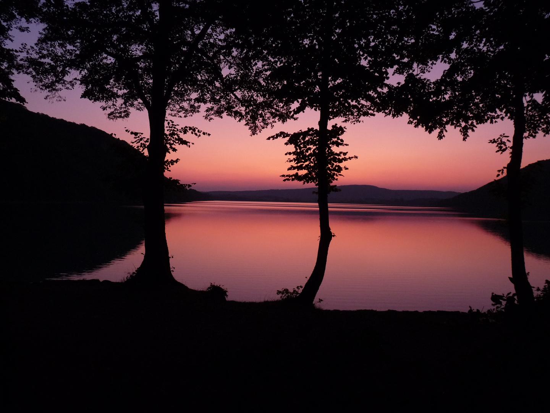 Coucher du Soleil au Lac de Chalain