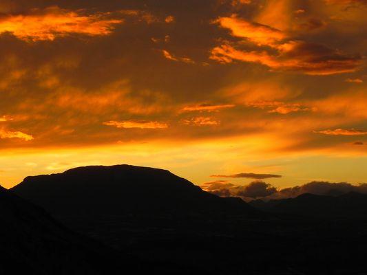 Coucher du soleil dans les Alpes du Sud