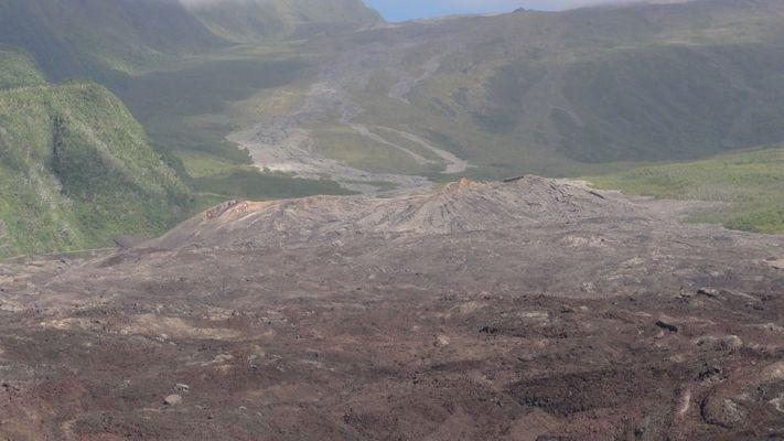 Coulée de lave au Tremblet en 2007
