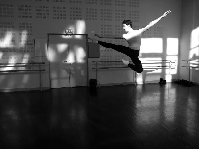Cours de danse 2 .