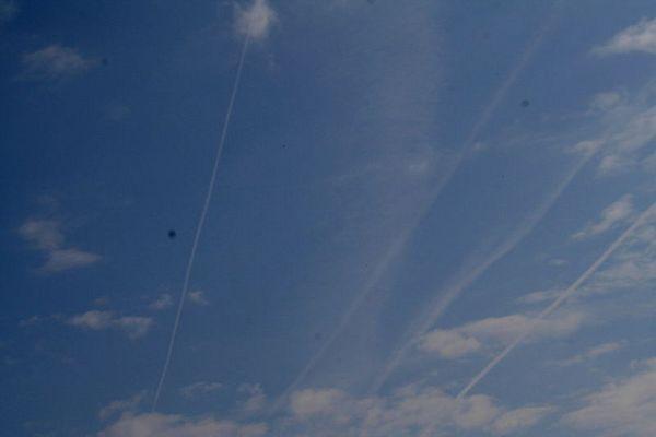 course d'avion dans le ciel!