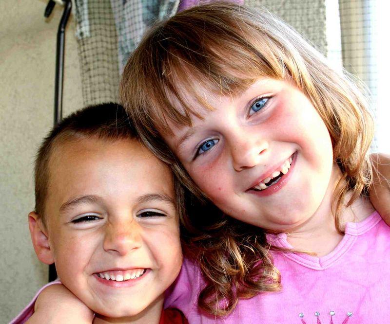 Cousine und Cousin