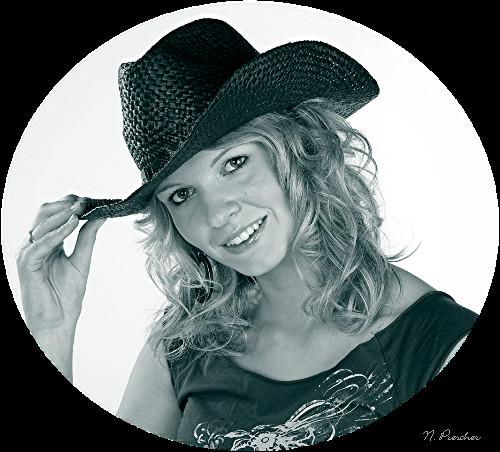 Cowgirl schwarz weiß