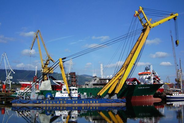 Crane at one of the Bilbao's shipyards; Northern Spain.