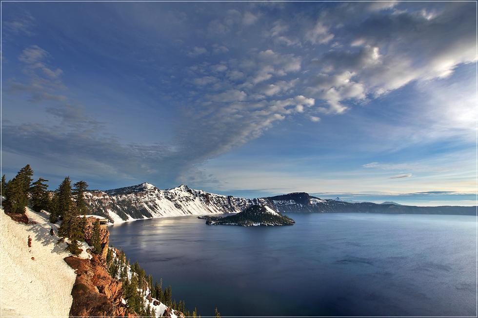 Crater Lake im Schnee