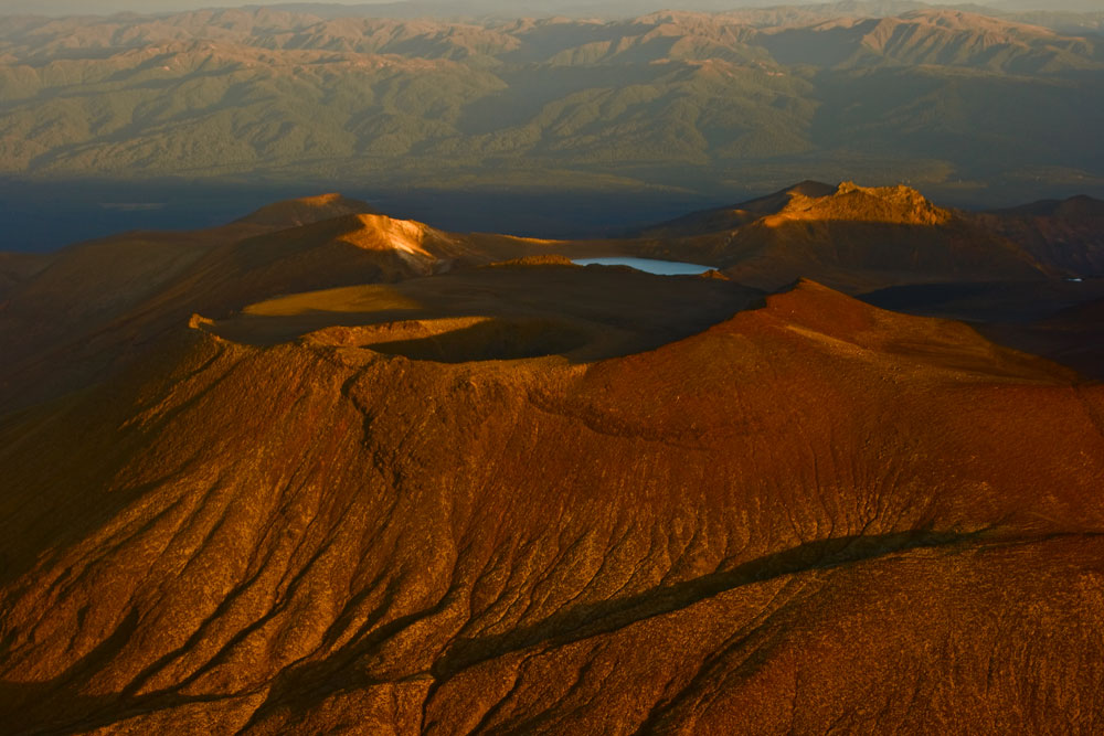 Crater Lake near Mt-Ngauruhoe in Sunset