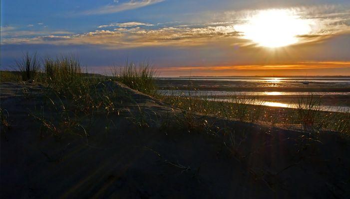 Crépuscule à marée basse -- Dämmerung bei Ebbe