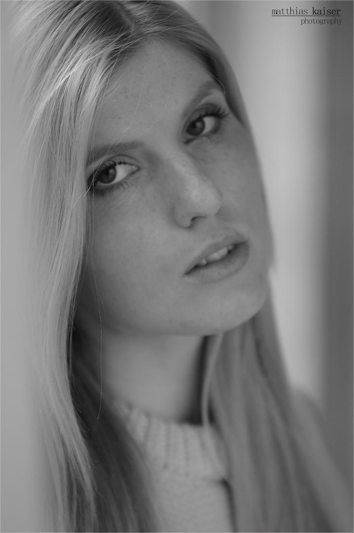 Cristina Portrait SW 10