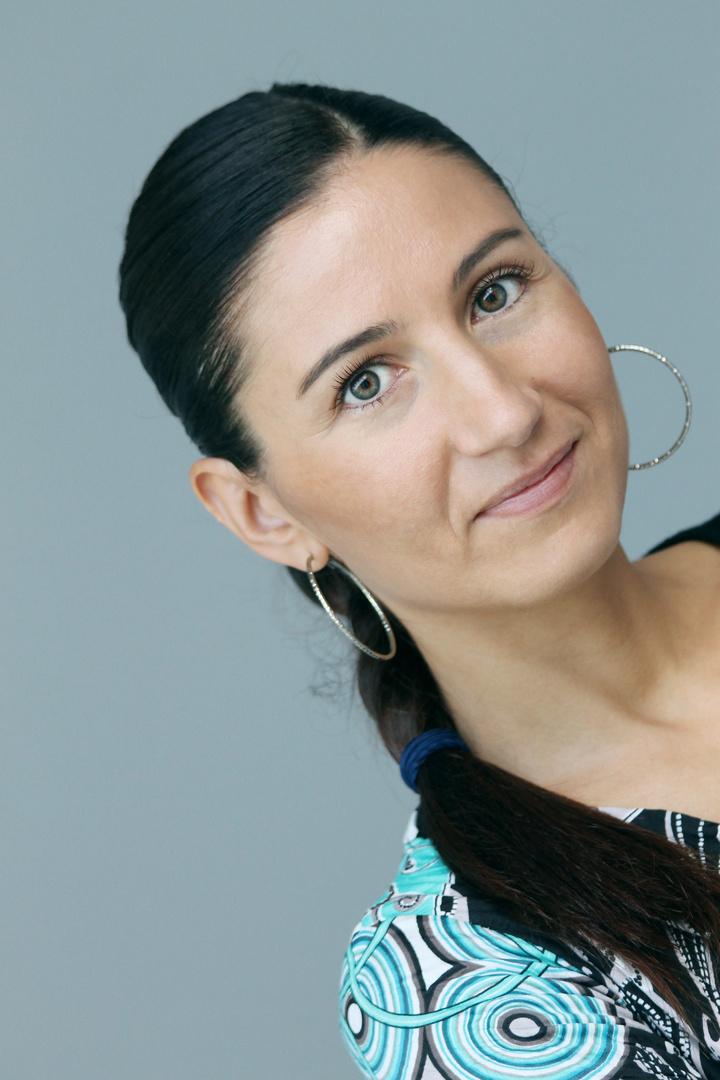 Cristina Tiurean...l'originale è in CASA