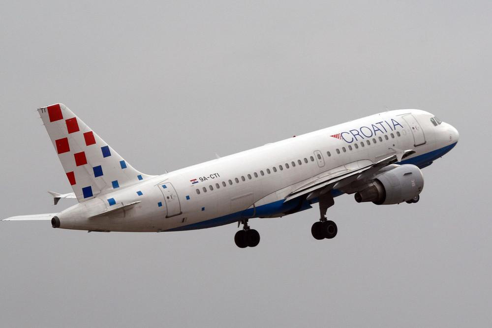 Croatia Airlines Airbus A319-112 (9A-CTI)