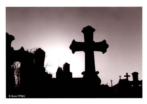 Croix en contre jour