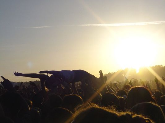Crowdsurfing - Southside 2003