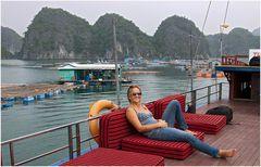 Cruise Halong Bay
